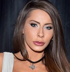 Klik hier om de pornoster pagina van Madison Ivy te bekijken