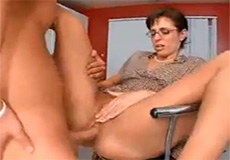 Lerares neukt met haar student!